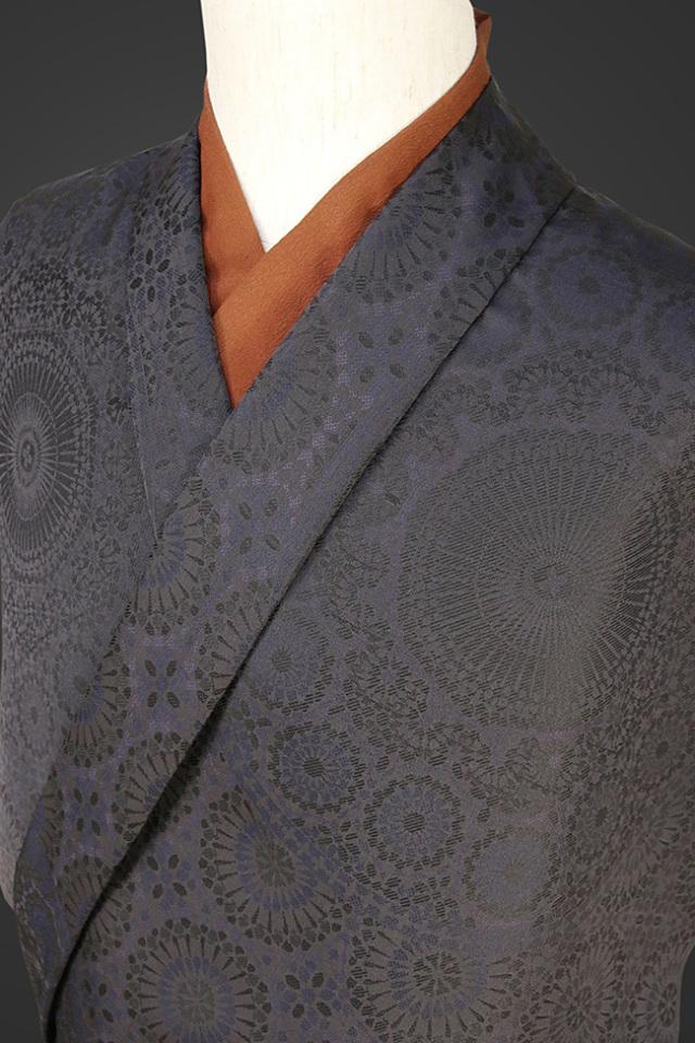 【受注生産品】柴田織物 正絹お召し着尺 オーダー仕立て付 先染ちりめん アラベスク シャドウブラック
