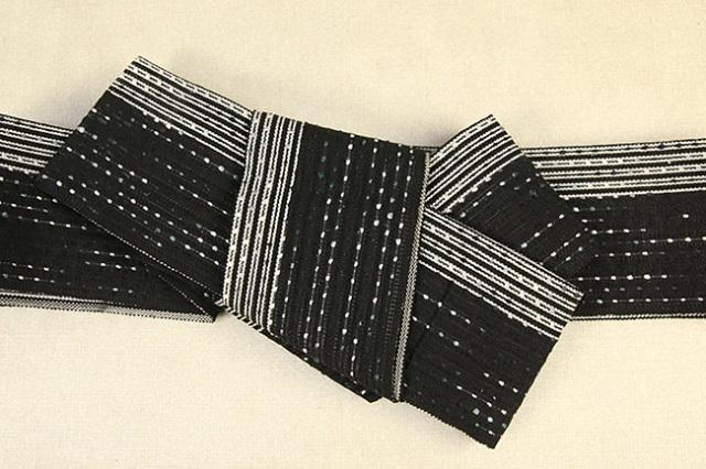 近賢織物 和紙 角帯 宝来織 お仕立て付き 流星 黒系