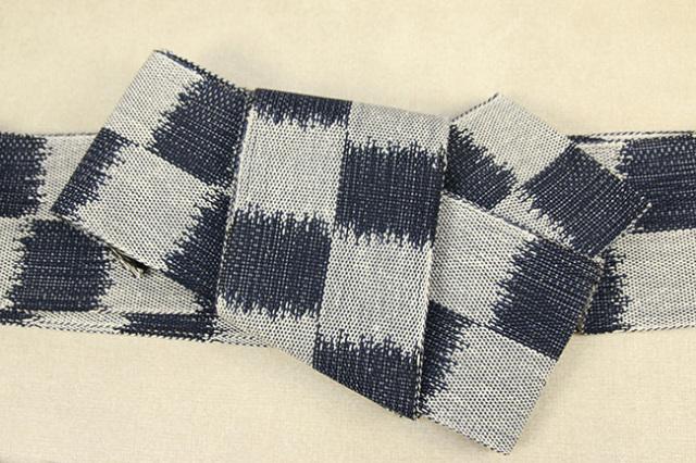 近賢織物 正絹 角帯 お仕立て付き まほろば 市松 紺×白
