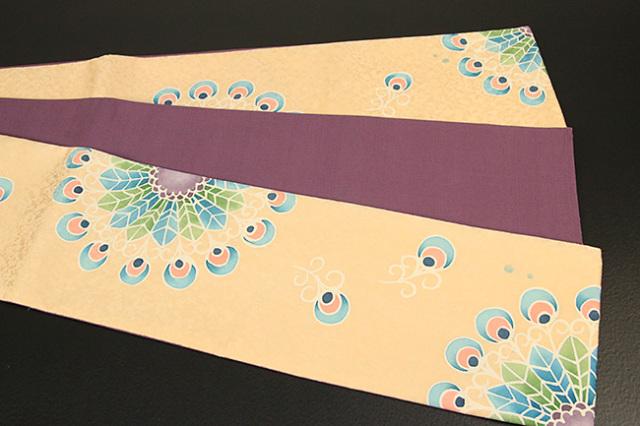 ち江す 半幅帯 ロウケツ染 正絹 羽根飾り ベージュ