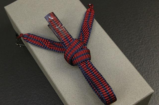 和小物さくら 男性用羽織紐 平組 正絹 直付けタイプ 組紐 赤 紺