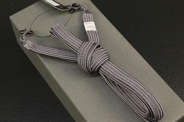 和小物さくら 男性用羽織紐 平組 正絹 直付けタイプ 組紐 灰