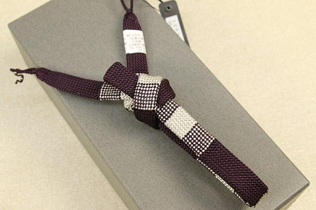 和小物さくら 男性用羽織紐 正絹 直付けタイプ 組紐 房なし 平組 赤紫