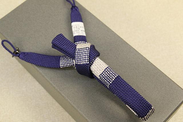 和小物さくら 男性用羽織紐 正絹 直付けタイプ 組紐 房なし 平組 青