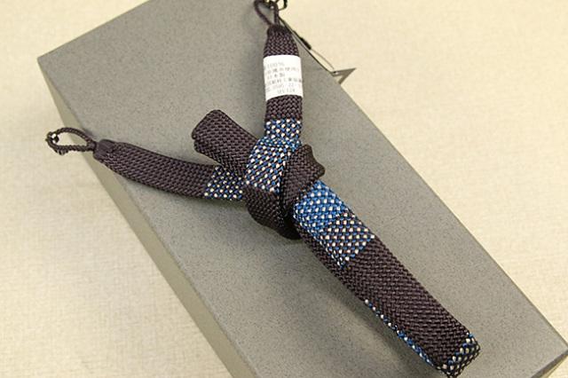 和小物さくら 男性用羽織紐 正絹 直付けタイプ 組紐 房なし 平組 茶