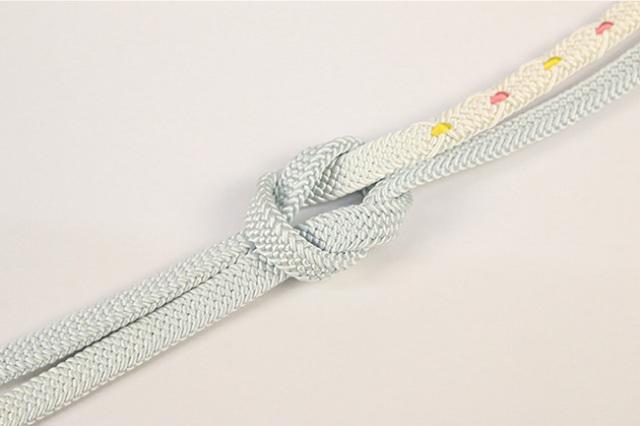 和小物さくら 帯締め 正絹 平組 薄水色×白