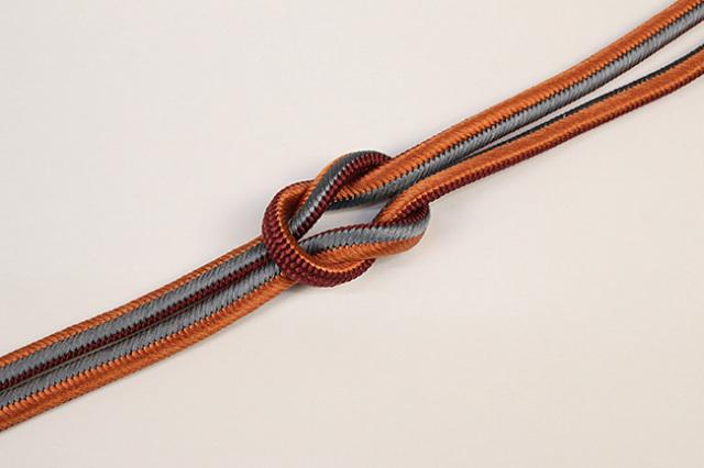 和小物さくら 帯締め 正絹 両面リバーシブル えんじ×橙×灰