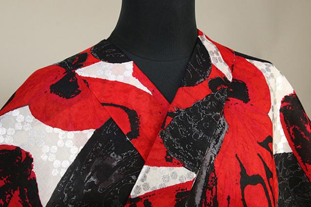 誉田屋源兵衛 浴衣(ゆかた) オーダー仕立て付き パピヨンラプソディ 赤×黒 ◆男女兼用◆