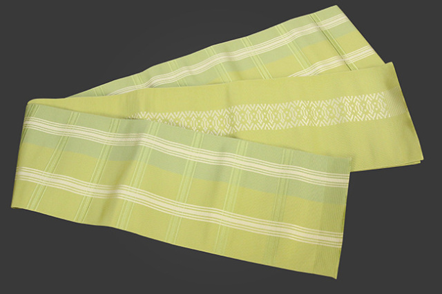西村織物 結 博多織 正絹半幅帯 かがり仕立付 振分格子 絹100% 黄緑