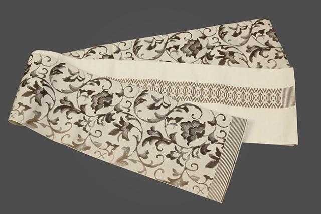 西村織物 結 博多織 正絹半幅帯 かがり仕立付 唐草ぼかし 絹100% 茶
