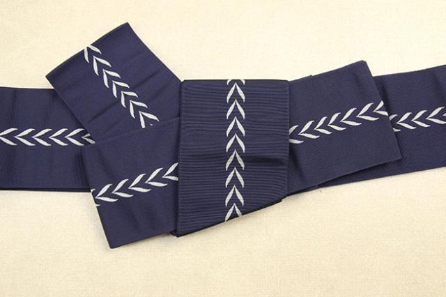 博多織 西村織物 角帯 正絹 矢印 紺