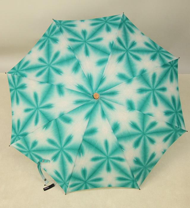 和小物さくら 雪花絞 日傘 UV加工 藤井絞炭綿麻生地使用  青緑×白
