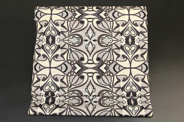正絹 九寸名古屋帯 ムガシルク グレー 抽象柄 仕立て付き