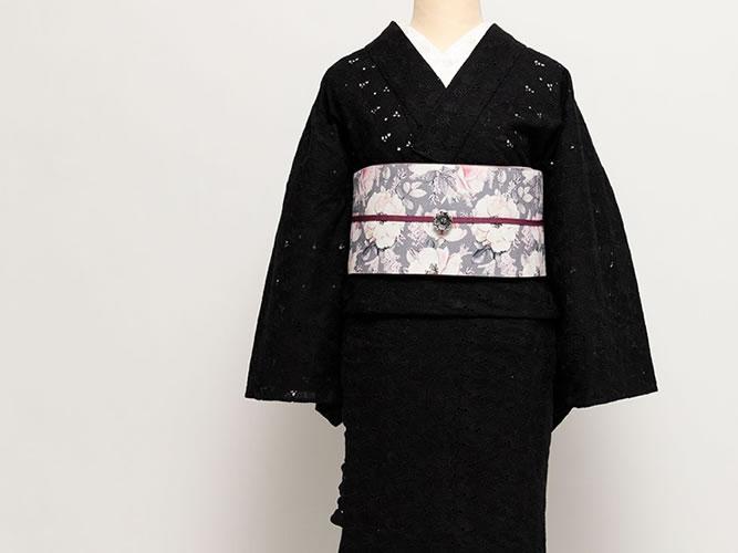 <在庫限り>レース刺繍きもの-サイドラインに揺れる花々-スカラップ花BLACK(F)