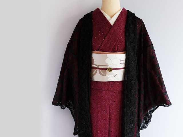 【薄羽織】咲き誇る花々の揺らめき-コデマリ・mistyブラック(SHORT丈/ LONG丈・羽織り紐付き)