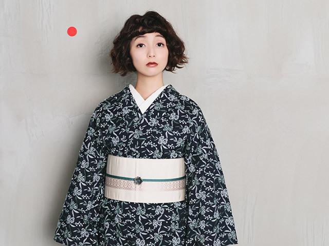 【待ち子キモノ】レース刺繍キモノー鈴花(お届け3月下旬~4月上旬)
