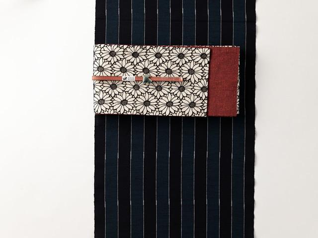 【久留米絣】-現代的な色柄、昔ながらの伝統ー真面目に不真面目