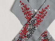 ご予約品【富士商会】ペタコさんの刺繍お半衿-南天