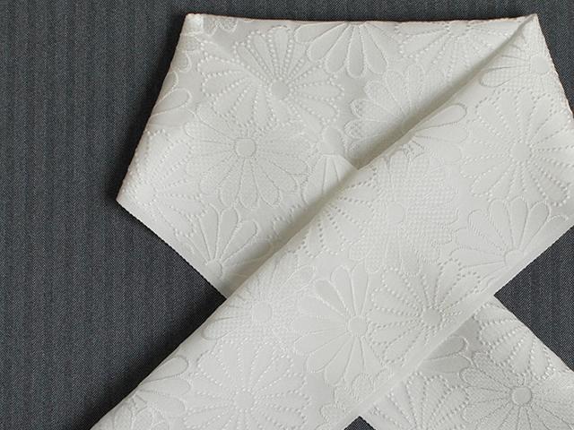 【正絹ふくれ織りお半衿】‐菊紋