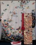 振袖セット 振袖と袋帯、長襦袢、帯揚げ、帯締め、重ね衿 6点セット 白色 紅型風 胡蝶・百花模様 ガード加工済 振袖 着物 セット
