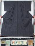 【特選】未使用美品 重要無形文化財 本場結城紬 80亀甲 裂取亀甲模様