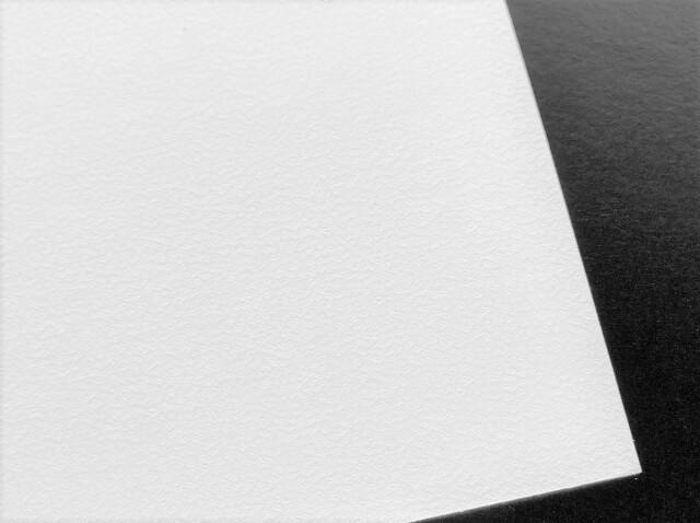 漆喰和紙「銀雪」 片面薄口(90g/m2) A4 9枚入