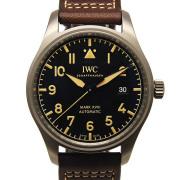 IWC パイロットウォッチ マーク18 ヘリテージ IW327006 ブラック チタン 40mm 革 新品