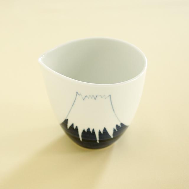 【和食器通販 金照堂】陶房青 波佐見焼 富士山 片口 酒器