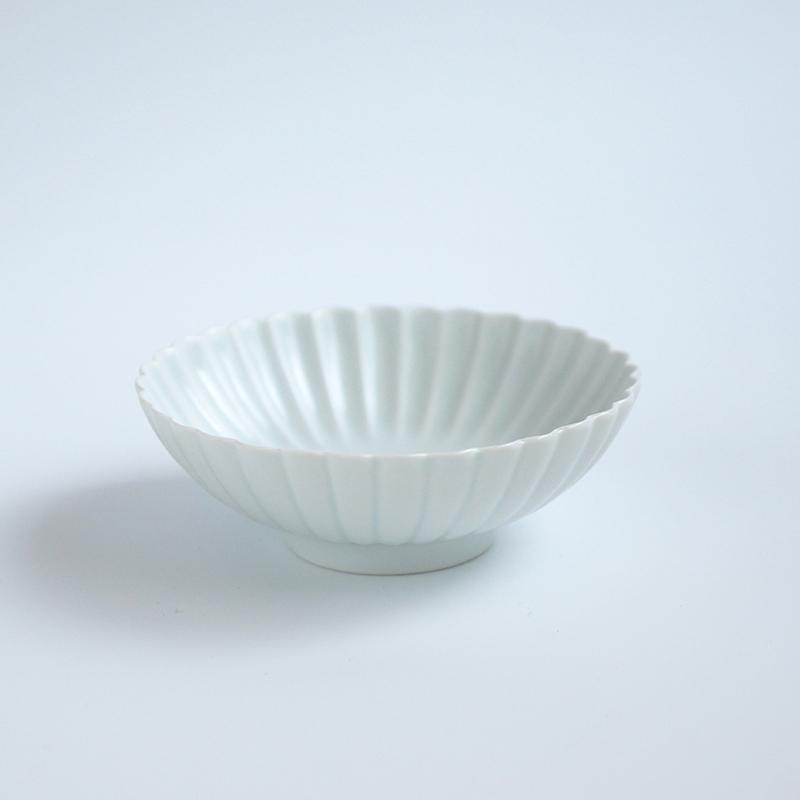白マット 菊彫取鉢 (大)