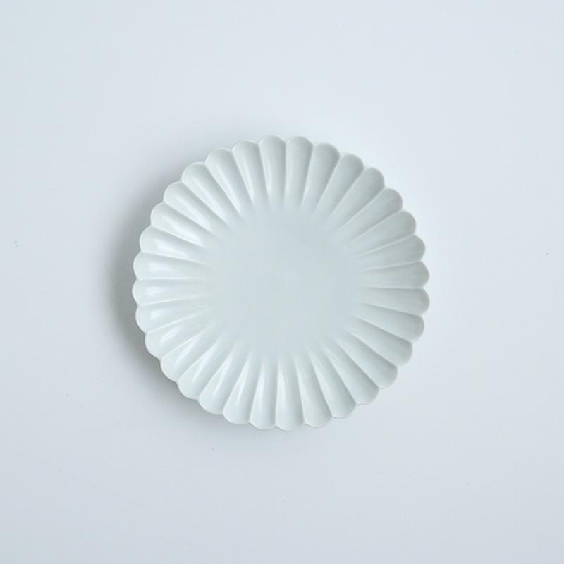 白マット 菊彫5寸皿
