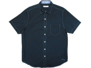 黒のシアサッカー半袖シャツ