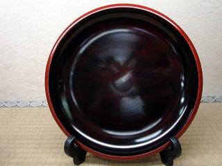 フチ乾漆粉蒔き盛鉢