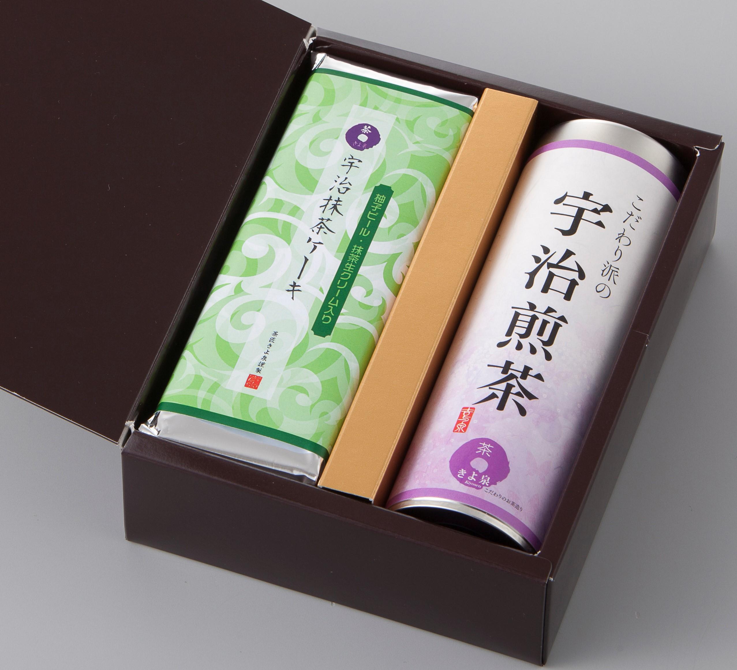 抹茶ケーキ「柚子と生チョコ入り」と宇治茶