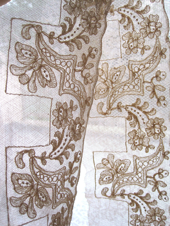 フランスアンティーク チュール刺繍レーステープ 幅広 200cm