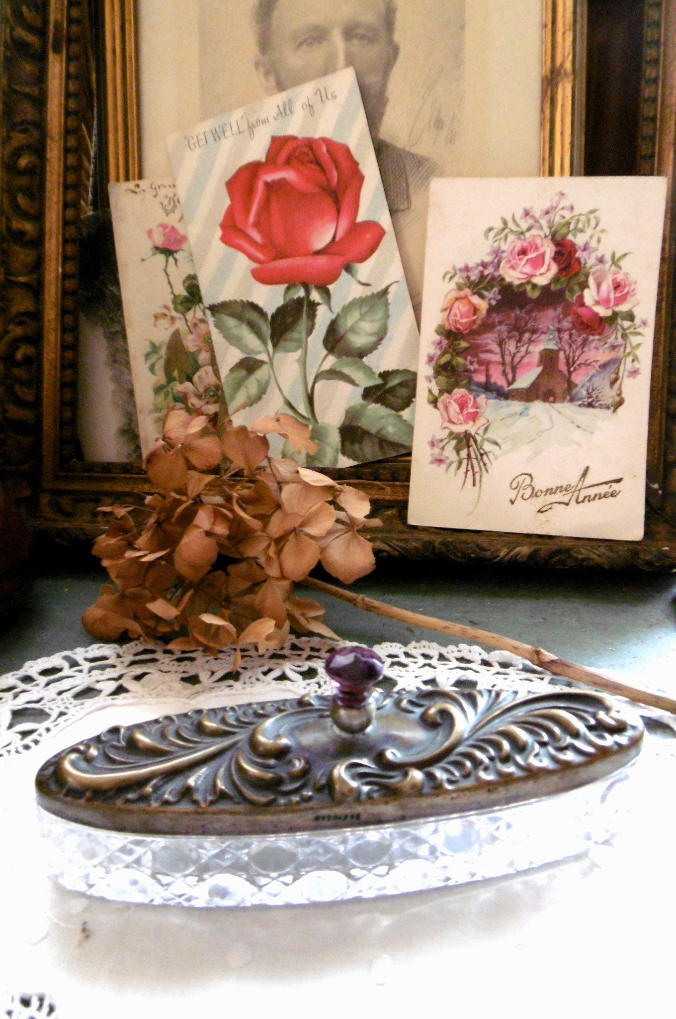 イギリスアンティーク 真鍮&ガラスのジュエリーケース シリアルナンバ−入り