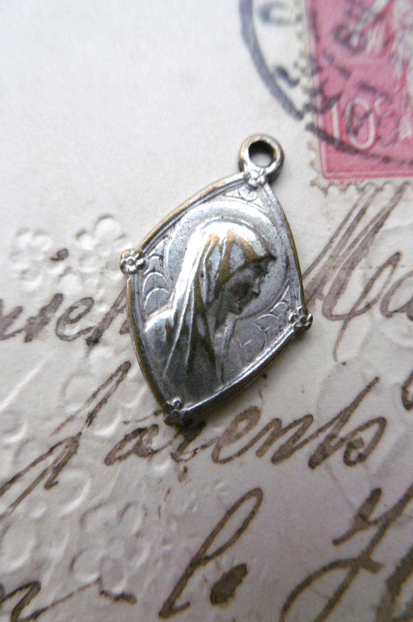 フランスアンティーク 聖母マリアメダイ 菱形