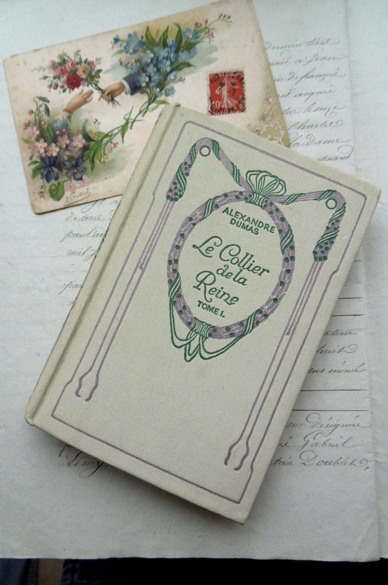 """フランスアンティーク 古書Nの本 """"Le Collier de la Reine"""" Dumas tome1"""