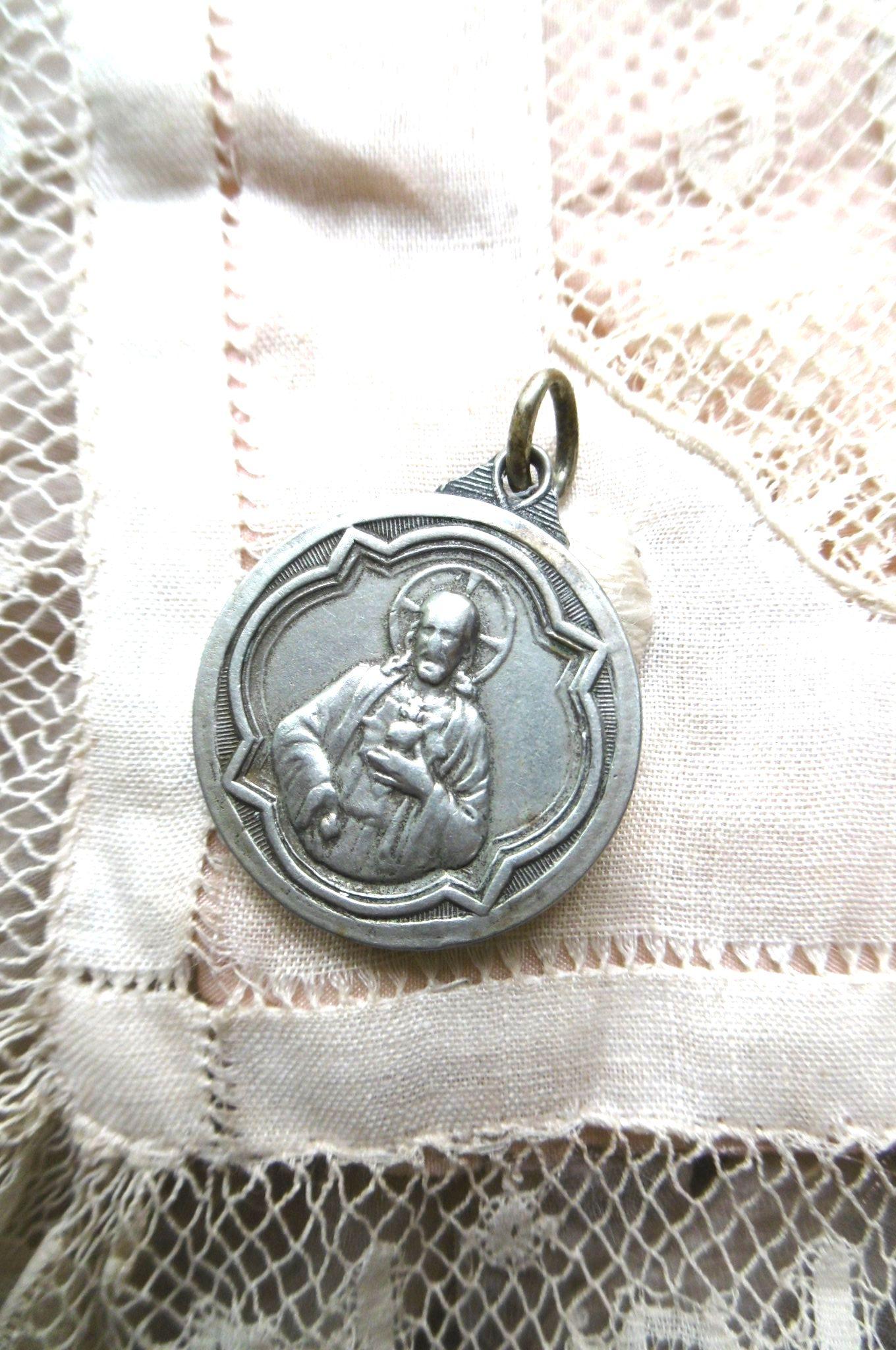 フランスアンティーク キリスト・マリアのメダイ φ2,2cm