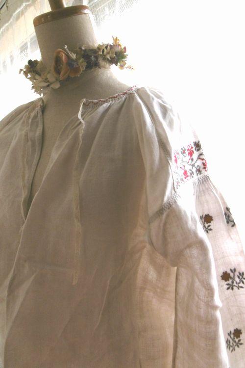 アンティーク ウクライナリネン花刺繍スモックドレス