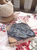 フランスアンティーク 刺繍用スタンプ イニシャルD