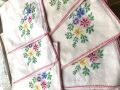 フランスアンティーク お花刺繍のコットンナプキン 8p デッドストック