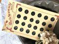 フランスアンティーク 黒のお花モチーフのボタンシート 24個 Φ1,4cm