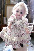 ジャーマンアンティーク ケストナー143 幼な顔の愛くるしい女の子 H 17,5cm