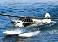 Piper PA-18 Super Cub (フロート付)