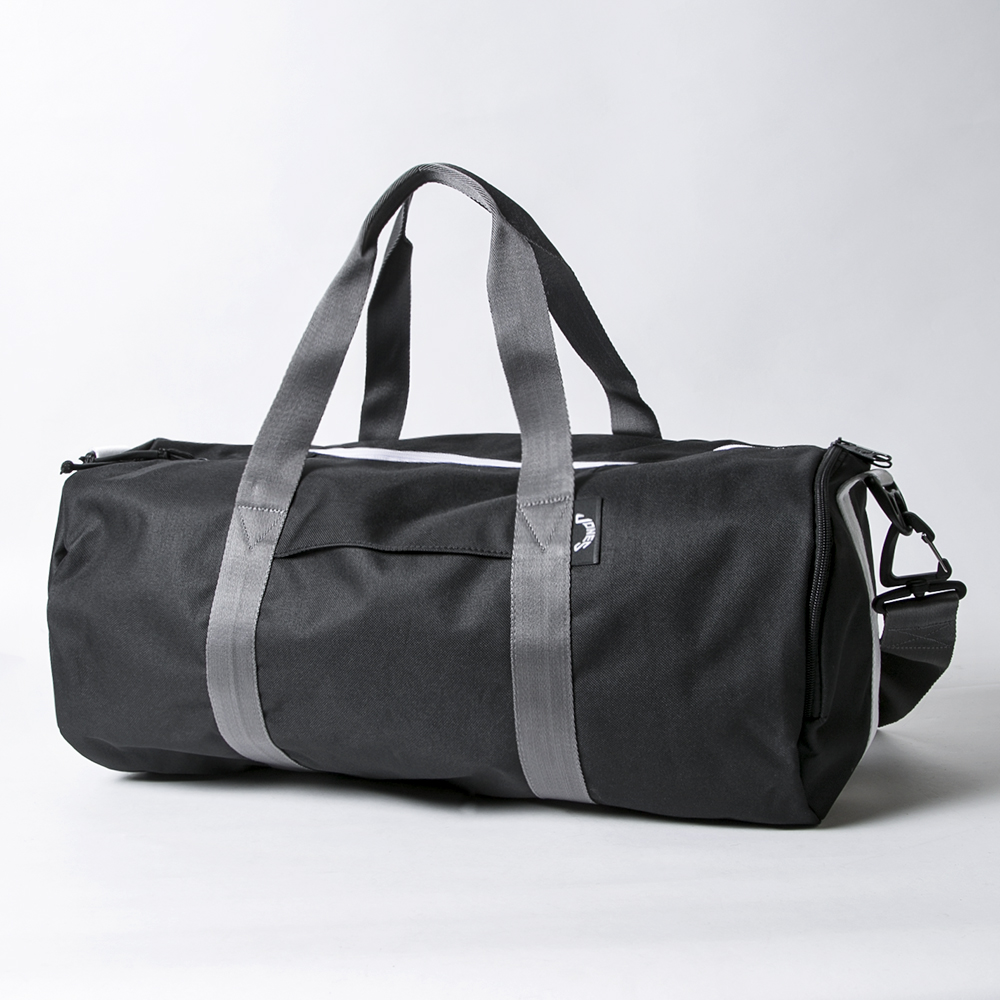 JONES Varsity Duffle Black