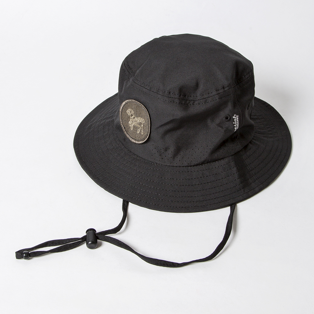SEAMUS Bucket Hat Goat Black