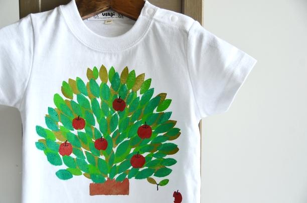 子供用Tシャツ【りんごの木】 ホワイト