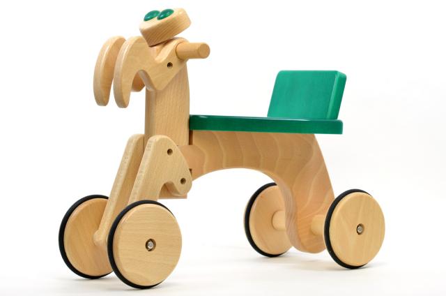 【送料無料】カマキリ 日本製木のおもちゃ のりもの ぶなの木 プレゼント