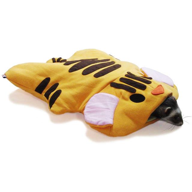 トラで寝ぶくろ