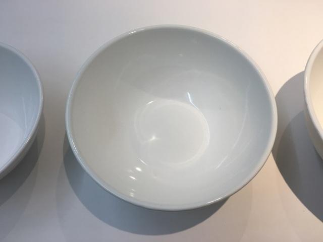 ホワイトホーローボール 22cm